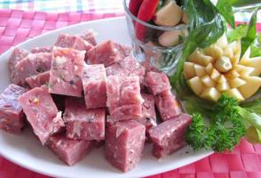 Thương hiệu nem chua được ưa chuộng nhất Việt Nam