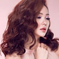 Kiểu tóc xoăn đẹp nhất giúp phụ nữ tự tin