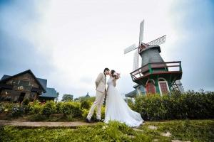 Phim trường chụp ảnh cưới đẹp như cổ tích tại Hà thành
