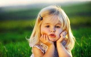 Trường hợp bướng bỉnh ở trẻ mầm non và cách xử lý hay nhất