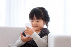 ứng dụng hay nhất cho bé trên iPhone ba mẹ có thể yên tâm