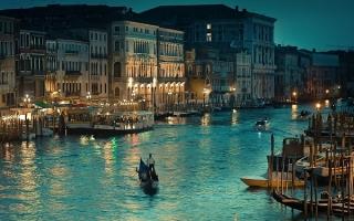 Thành phố kênh rạch đẹp nhất thế giới