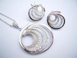 Websites mua trang sức bạc uy tín nhất hiện nay