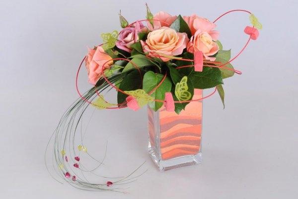 Shop hoa tươi huyện Đông Triều với những đóa hoa tươi được trang trí khéo léo.