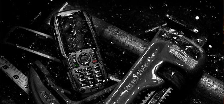 Top 10 Điện thoại chống nước, chống va đập được đánh giá tốt nhất hiện nay