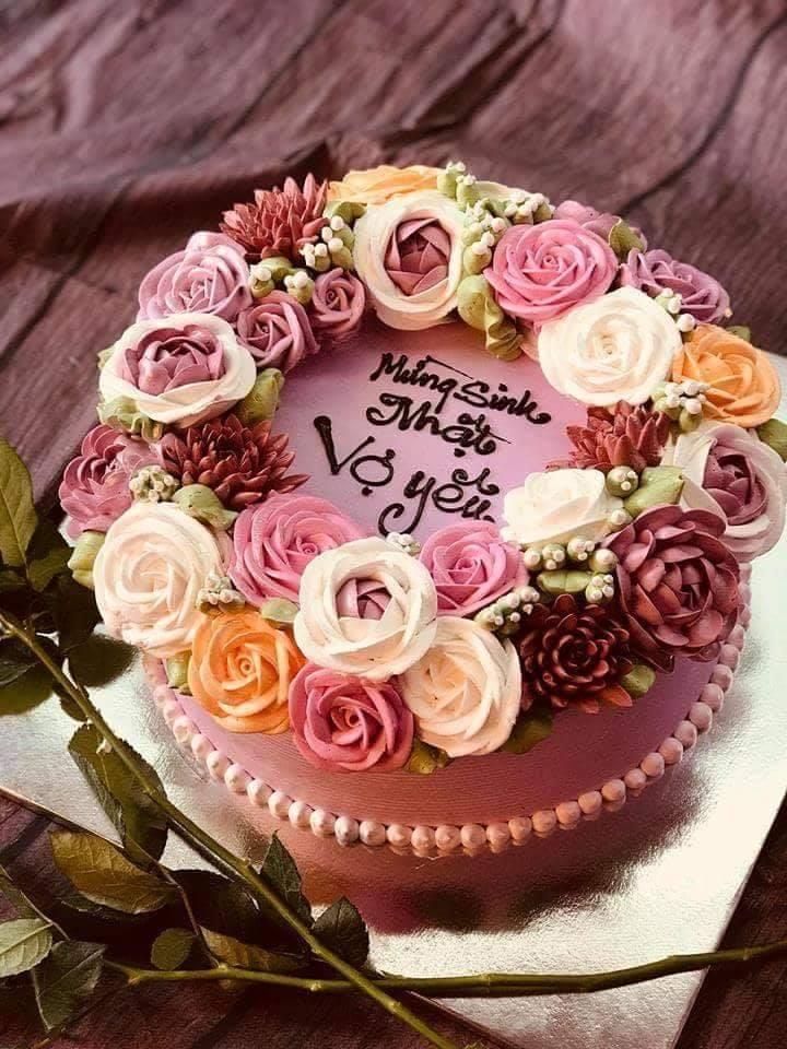 Top 13 tiệm bánh sinh nhật đặt theo yêu cầu đẹp và chất lượng nhất Sài Gòn