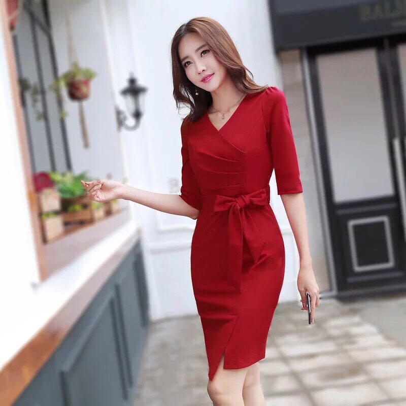 Nếu đang còn tìm kiệm địa chỉ bán váy dự tiệc chất lượng giá rẻ thì hãy tham khảo shop Thương Kiu Boutique.