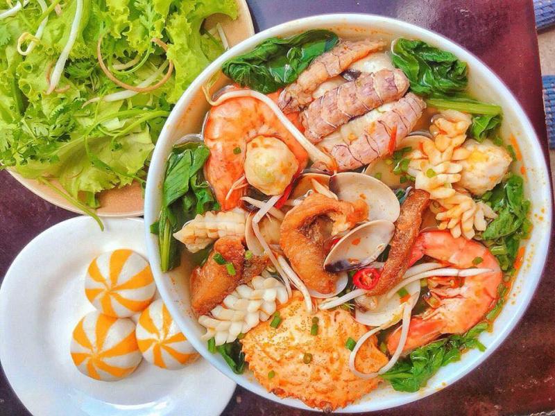 Top 8 Nhà hàng, quán ăn ngon nhất phố Kim Mã, Hà Nội
