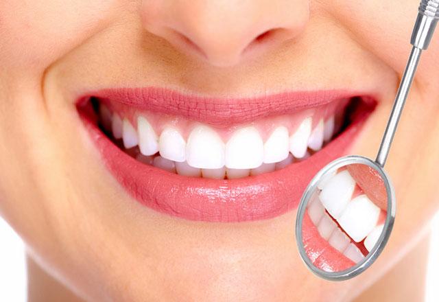 Top 12 địa chỉ bọc răng sứ đẹp và an toàn nhất tại Hà Nội