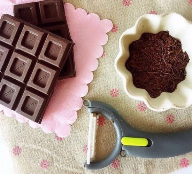 Thái mỏng sô cô la