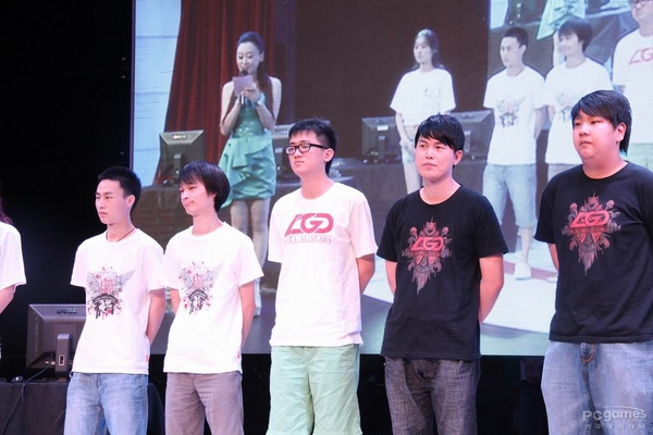Team LGD.cn (nguồn internet)