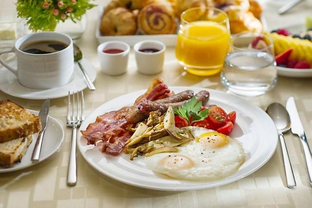 Ăn sáng bằng kiểu phương Tây giúp bạn tăng cân hiệu quả