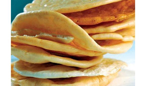 Bánh phồng Sơn Đốc thơm lừng, ngon ngọt, giòn giòn, hấp dẫn nhiều thực khách
