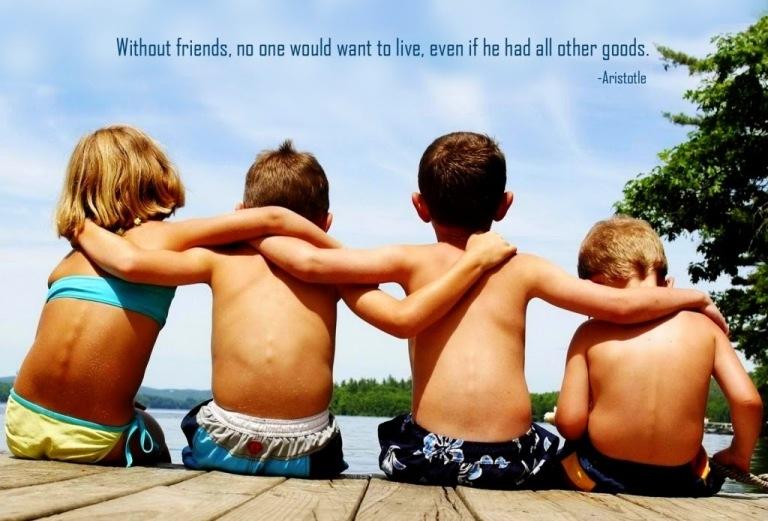 Tình bạn đẹp tức là tình bạn đến từ sự chân thành, quan tâm, tin tưởng lẫn nhau từ cả hai phía.