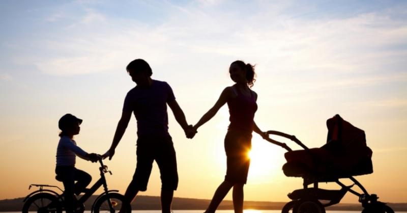 Tình cảm gia đình có thể giúp con người vượt qua mọi khó khăn, thử thách trong cuộc sống.