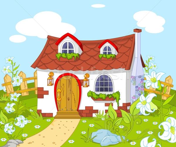 Nhà là nơi có gia đình.