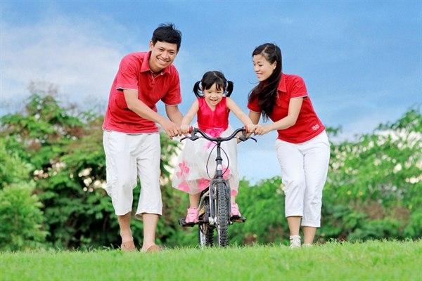 Tình cảm gia đình là tình cảm thiêng liêng cao quý nhất đối với tâm hồn của chúng ta.
