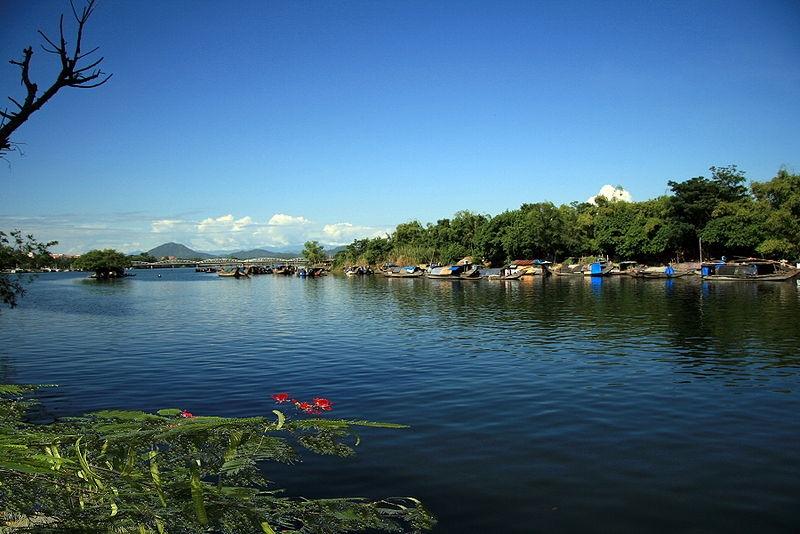 Bài văn tả dòng sông quê hương số 10