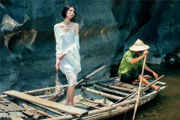 Thuỳ Dương -