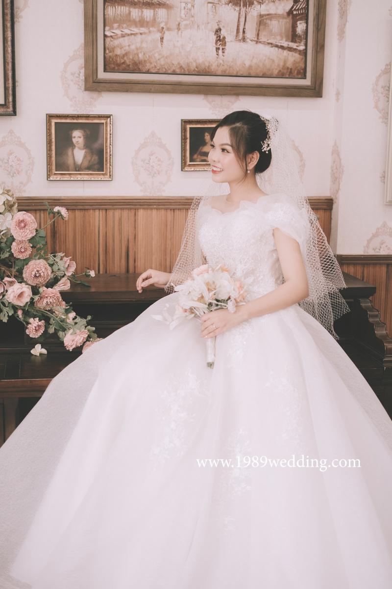 1989 Wedding Studio