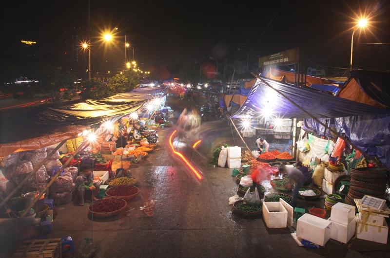 Chợ Long Biên (Hà Nội)