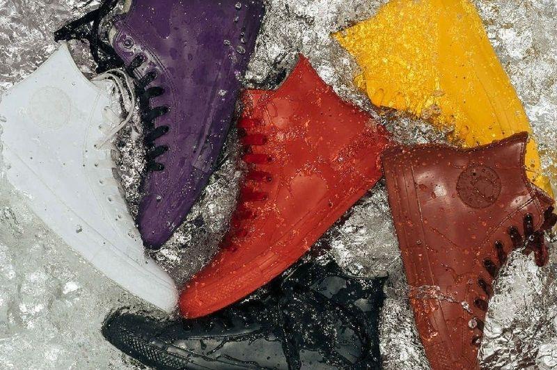 Với thiết kế đăc biêt này, việc vệ sinh cho đôi giày của bạn cũng không còn là vấn đề.