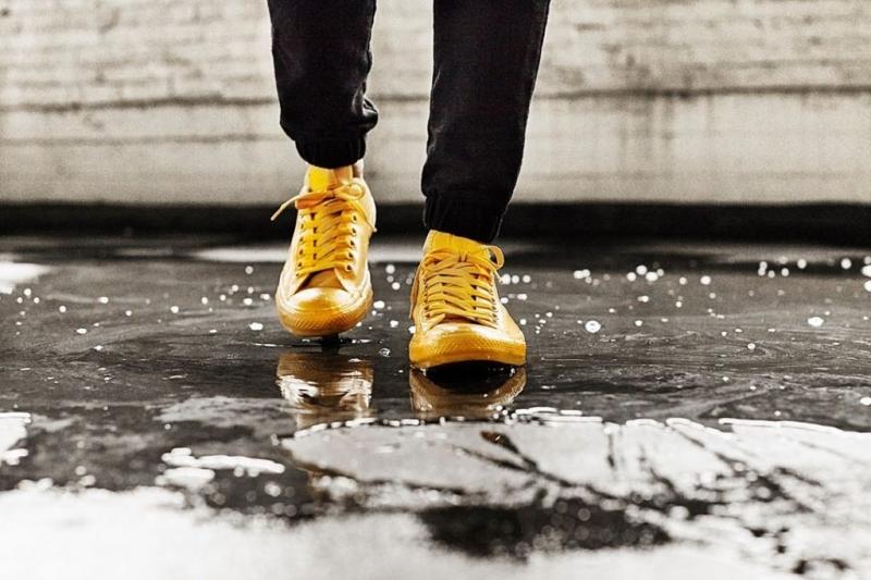 Vừa không lo giày bị ướt, vừa có những tấm hình cực chất.