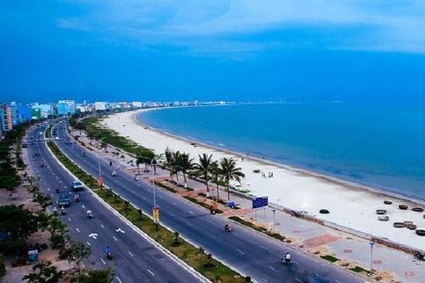 Sầm Sơn là khu nghỉ mát biển nổi tiếng của tỉnh Thanh Hóa.