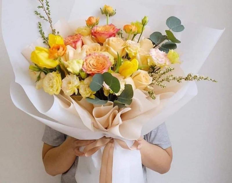 Bó hoa đơn giản nhưng vẫn đẹp tinh tế và sang trọng