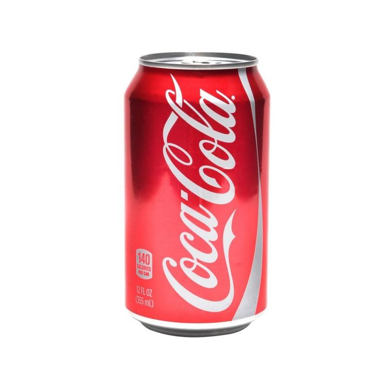 Sản phẩm nước giải khát Coca-Cola phiên bản lon tại Việt Nam (Nguồn: Internet)