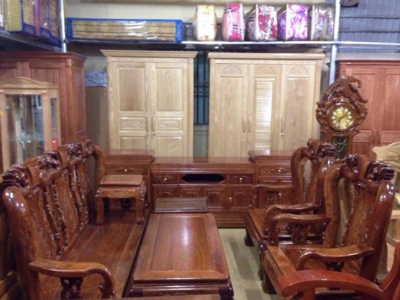 Một số mẫu bàn ghế, đồng hồ, tủ