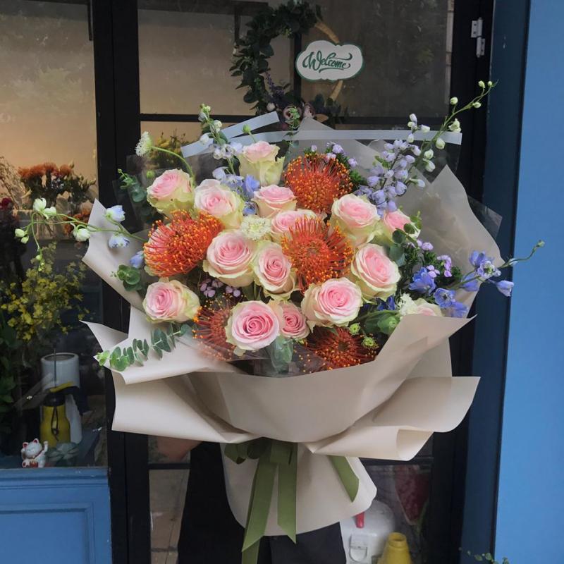 6 am Flower shop