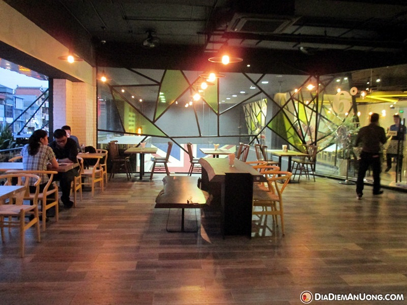 6 Degrees Cafe – Rooftop