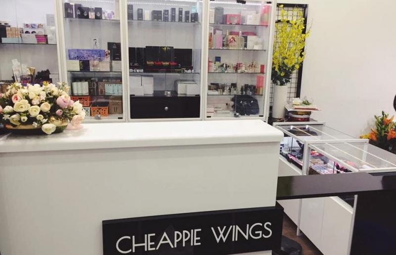 Các sản phẩm tại Cheapple Wings Shop khá đa dạng