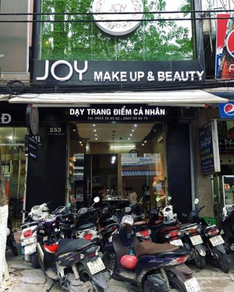 Một ngày tại Joy make up & beauty