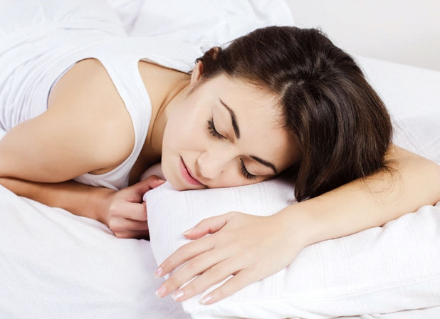 8. Nằm sấp ngủ