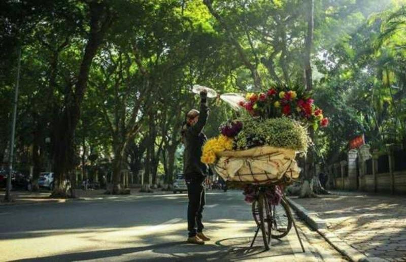Hình ảnh người bán hoa