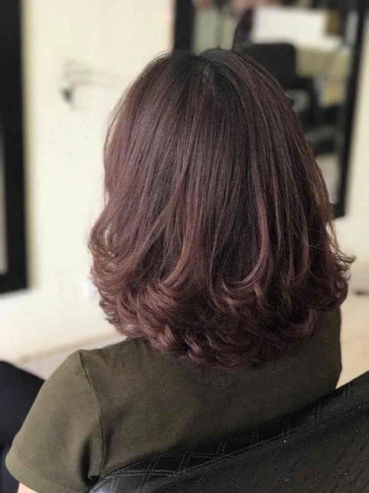 A Khai hair salon
