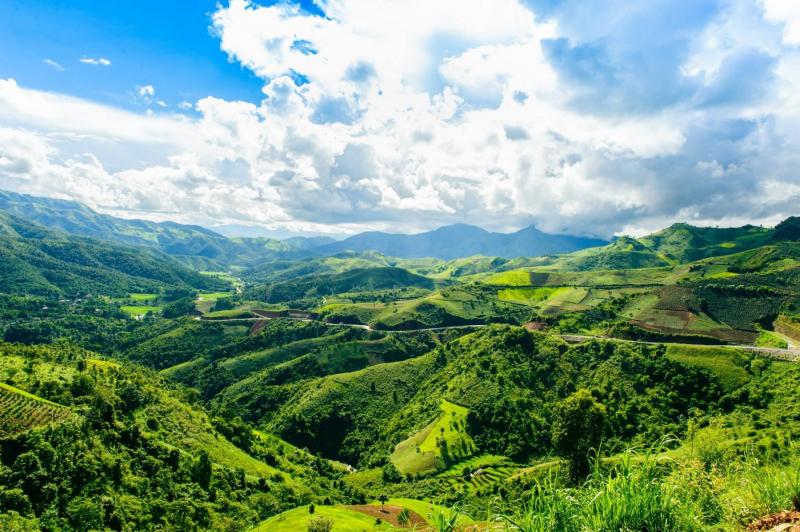A Pa Chải với vẻ đẹp núi non hùng vĩ