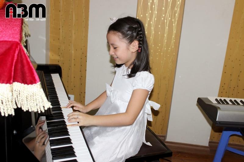 ABM Music - trung tâm dạy đàn Organ chất lượng tại Hà Nội
