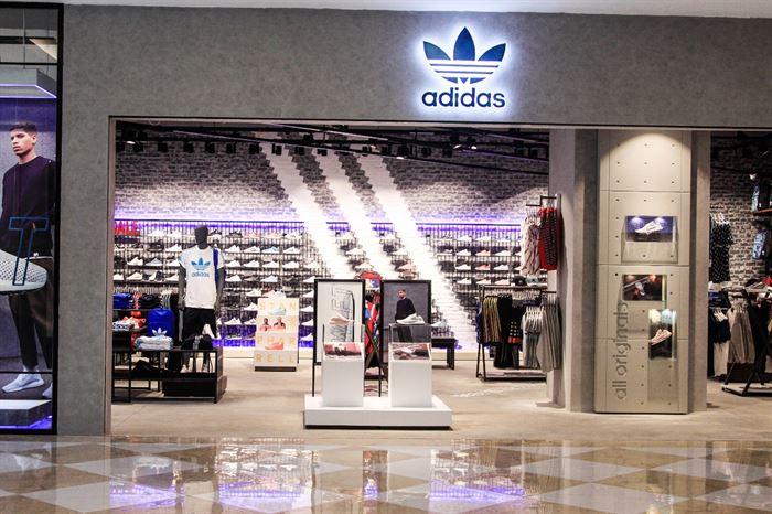 Sản phẩm giày adidas đều là hàng chính hãng 100%, đảm bảo chất lượng