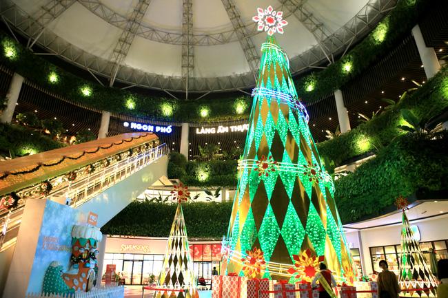 Aeon Mall Long Biên – Số 27 Cổ Linh, Q.Long Biên