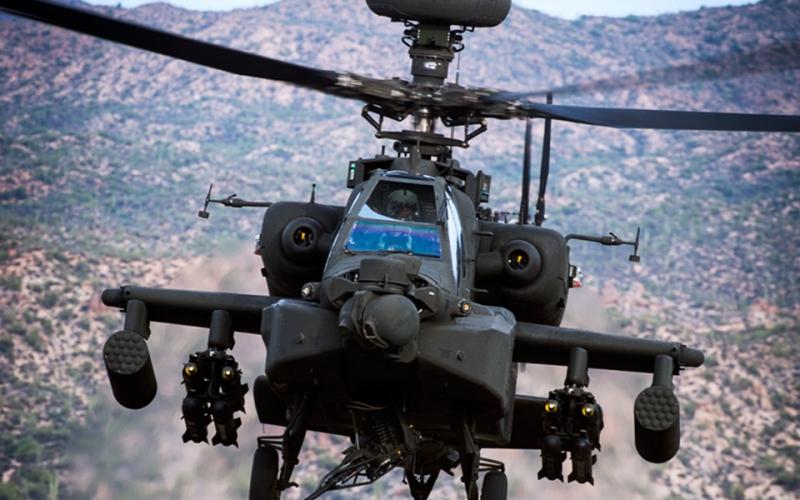 Trực thăng AH-64D Apache.