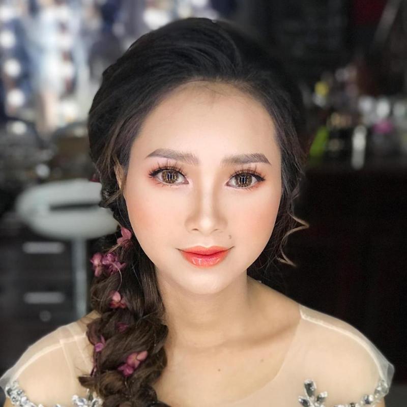Ái Vân Make-up