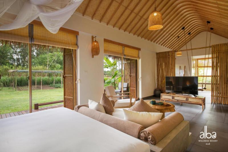 Khách sạn gồm 58 phòng nghỉ ngơi sang trọng với đầy đủ các trang thiết bị tiện nghi hứa hẹn đem đến cho du khách những giây phút thoải mái nhất.