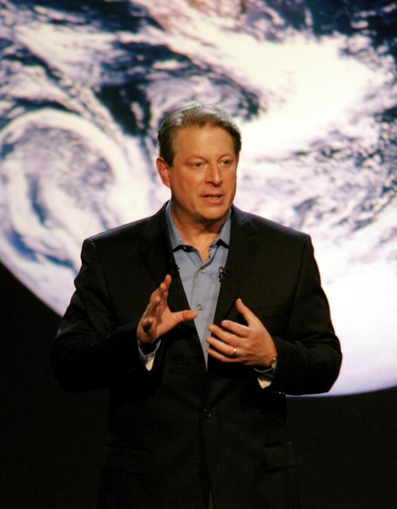 Ông cũng là một nhà hoạt động vì môi trường với rất nhiều thành tựu lớn