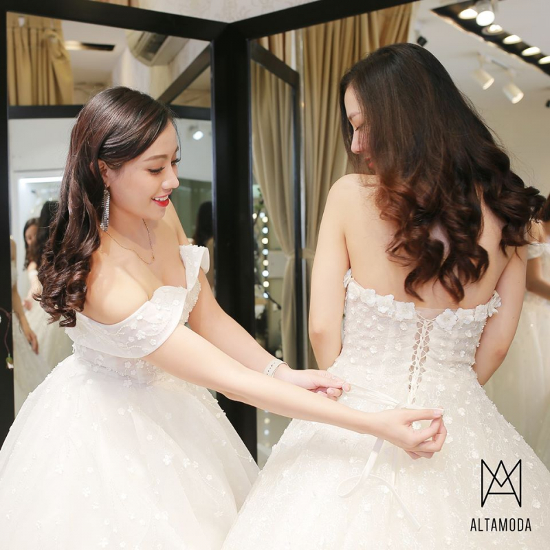 Altamoda Bridal & Boutique
