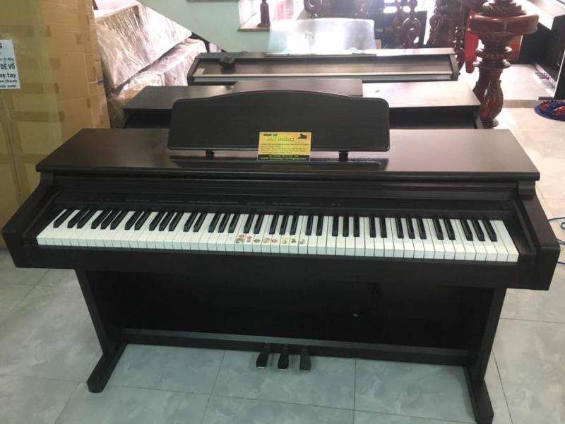 Không chỉ cung cấp những sản phẩm đàn piano mới, có thiết kế đẹp mà Âm nhạc Huy Hoàng còn bán đàn piano cũ với chất lượng đảm bảo cùng giá thành rẻ.