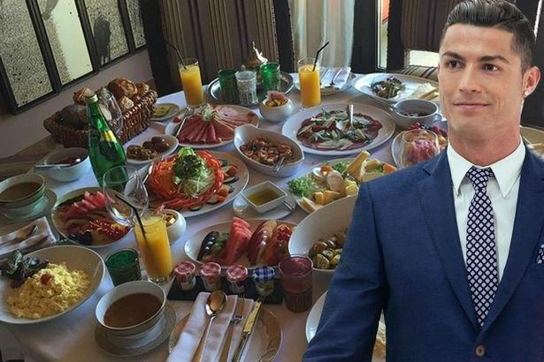 Sợ mất phong độ, Ronaldo áp dụng chế độ ăn uống siêu đặc biệt