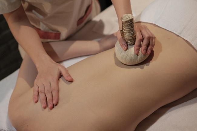 Phương pháp giảm cân bằng massage tại Amadora Spa